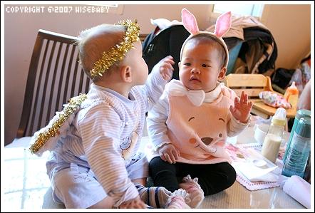 天使Ryan與兔女郎Naomi
