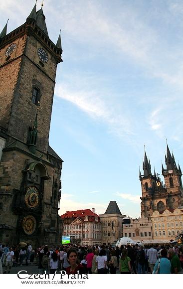 天文鐘與教堂