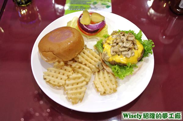 蘑菇牛肉漢堡