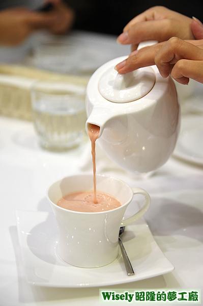 法式草莓奶茶(熱)