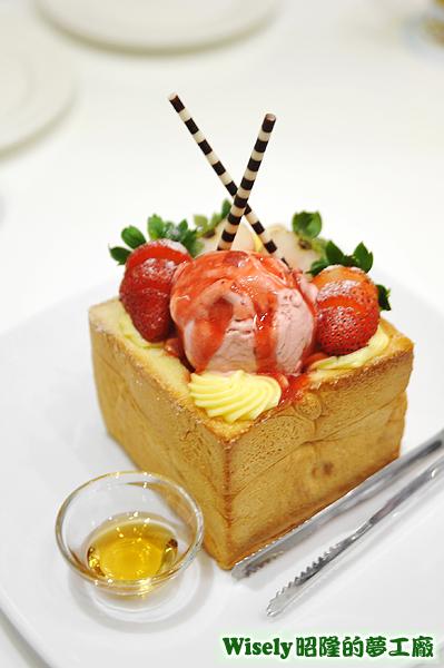 就愛草莓蜜糖吐司
