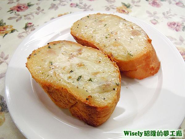 鮪魚醬麵包