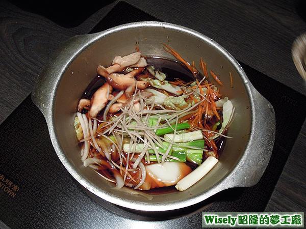 日式和風壽喜牛肉鍋