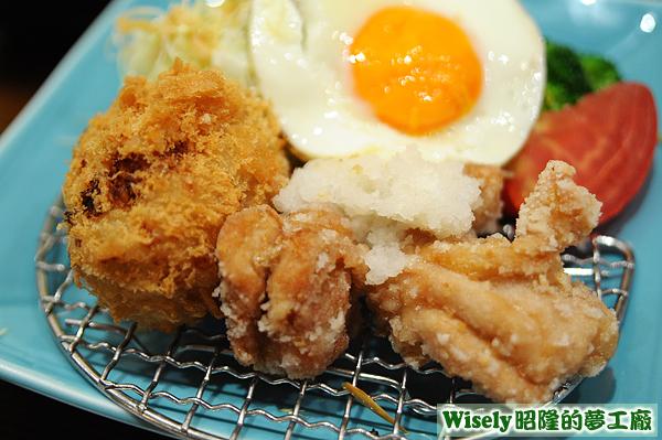 馬鈴薯可樂餅、半熟蛋、日式炸雞塊