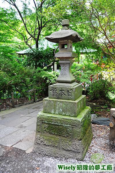 日本橋石塔