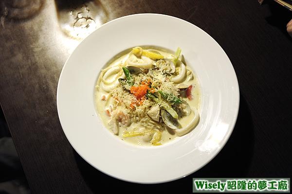 明太子海鮮奶油麵