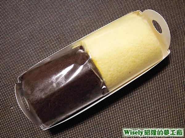 雙色奶凍蛋糕捲
