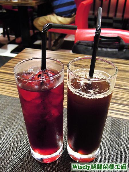 蔓越莓汁、咖啡(冷)