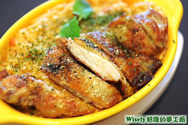 美式煎雞腿義式燉飯(粉紅醬)