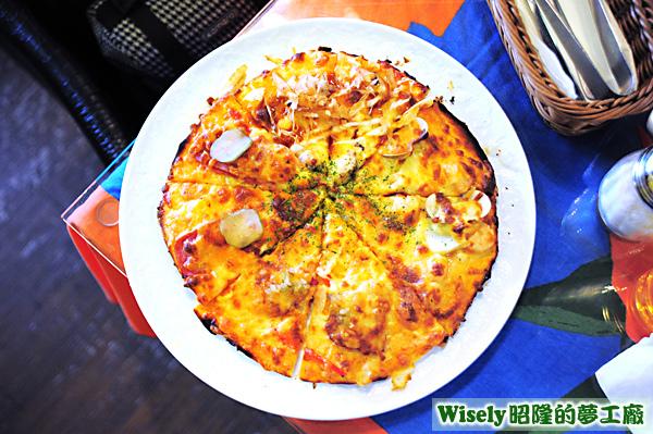 披薩拼盤(和風章魚燒/加勒比海鮮/黑胡椒牛肉/照燒火腿)