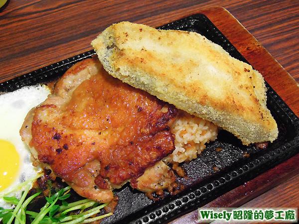 冰島鱈魚排+雞腿排(蘑菇醬鐵板飯)