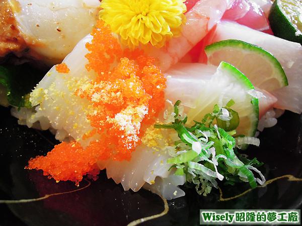 蝦卵、花枝
