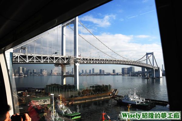 レインボーブリッジ(彩虹大橋)