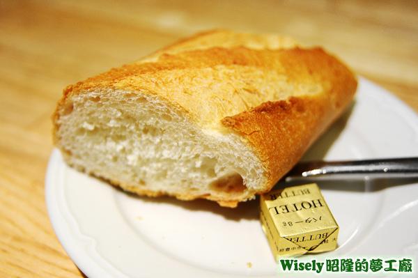 法國麵包、奶油