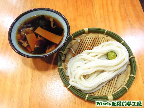 豚肉汁烏龍沾麵(小)