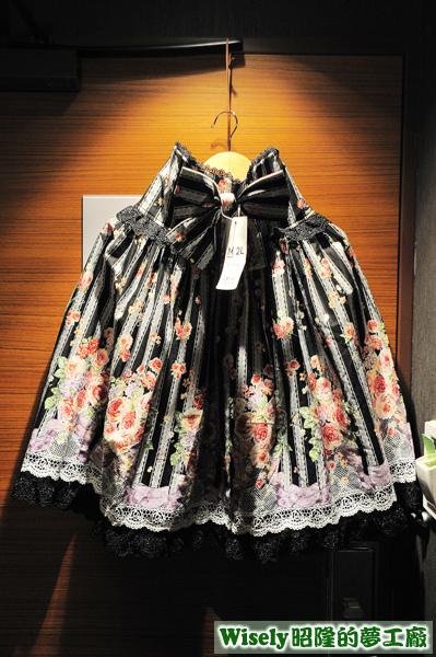 黑色花圖裙(M)