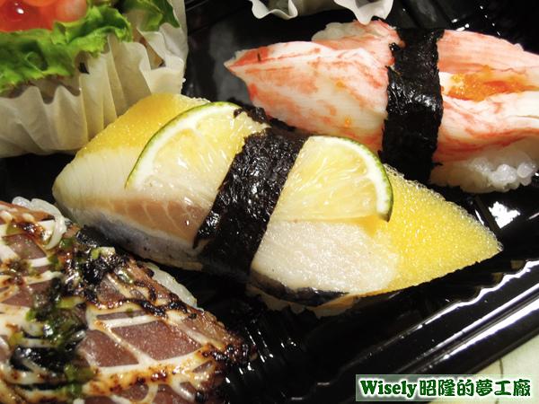 黃金魚卵壽司