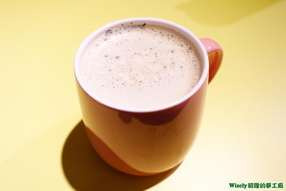 萌樂奶茶(熱)