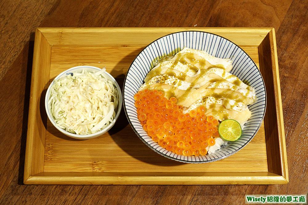 炙燒鮭魚親子丼