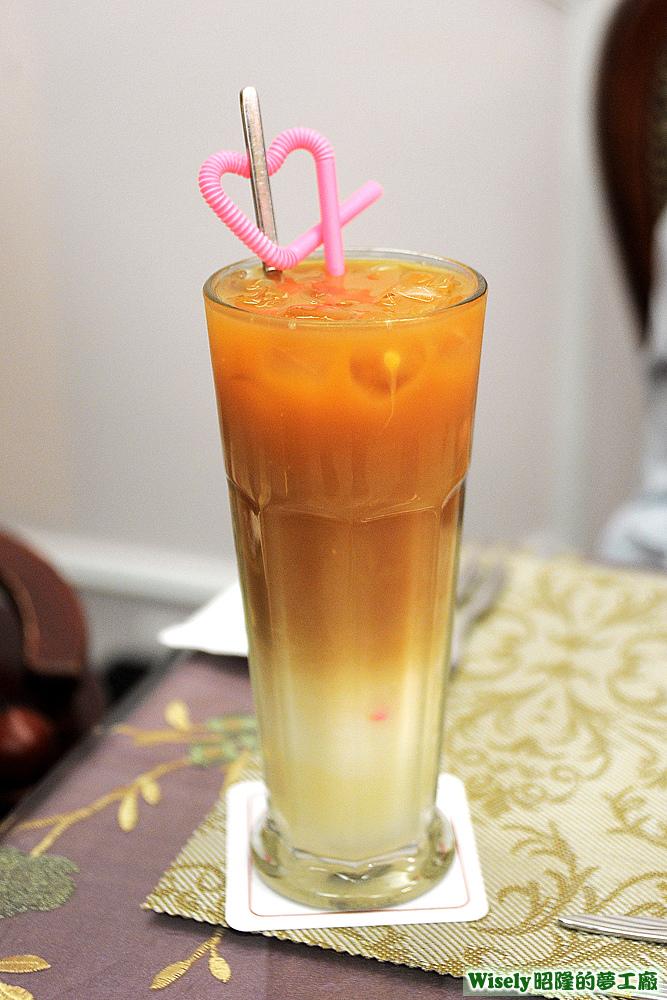 奶香汀布拉冰奶茶(16oz)