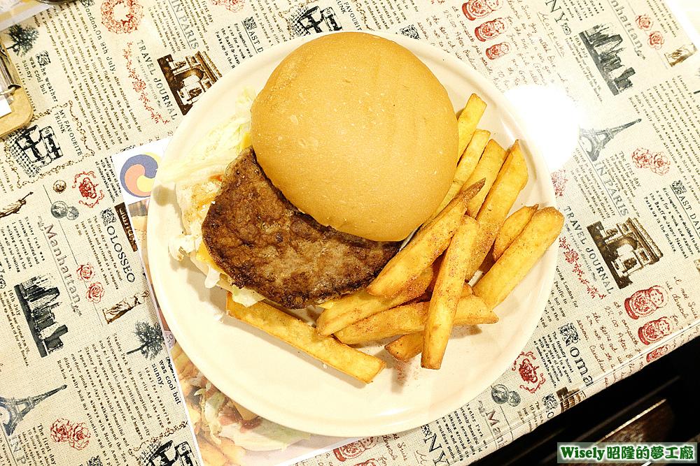 6oz厚片牛肉堡