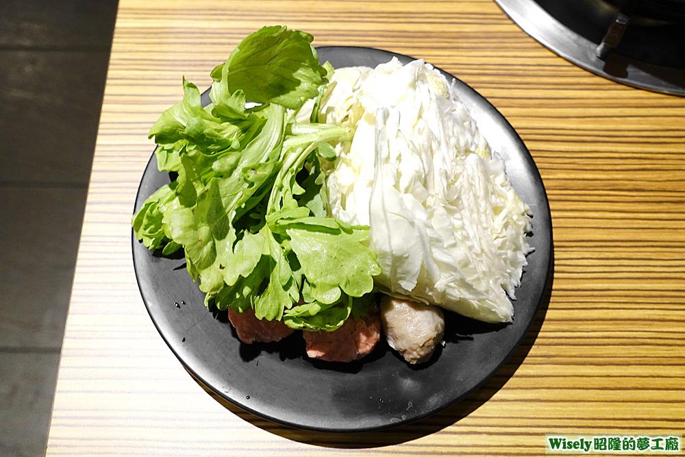 青菜、高麗菜、丸子