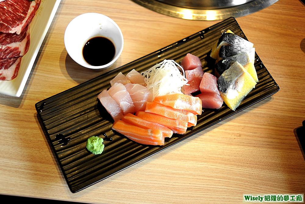 綜合生魚片(旗魚/鮭魚/鮪魚/尼信)