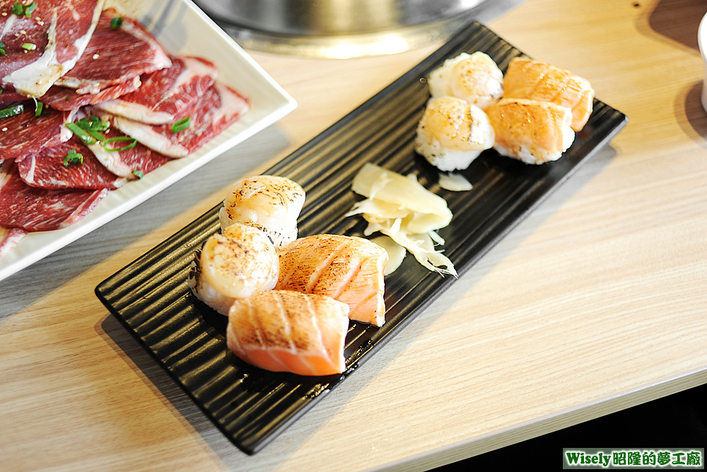 干貝炙壽司、鮭魚炙壽司