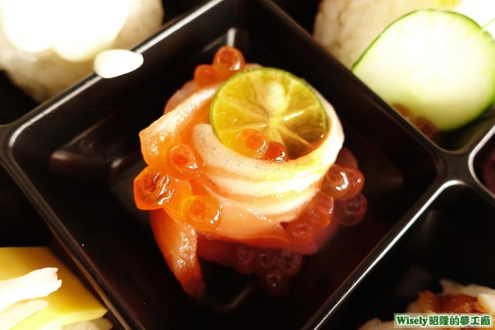 鮭魚生魚片+鮭魚卵