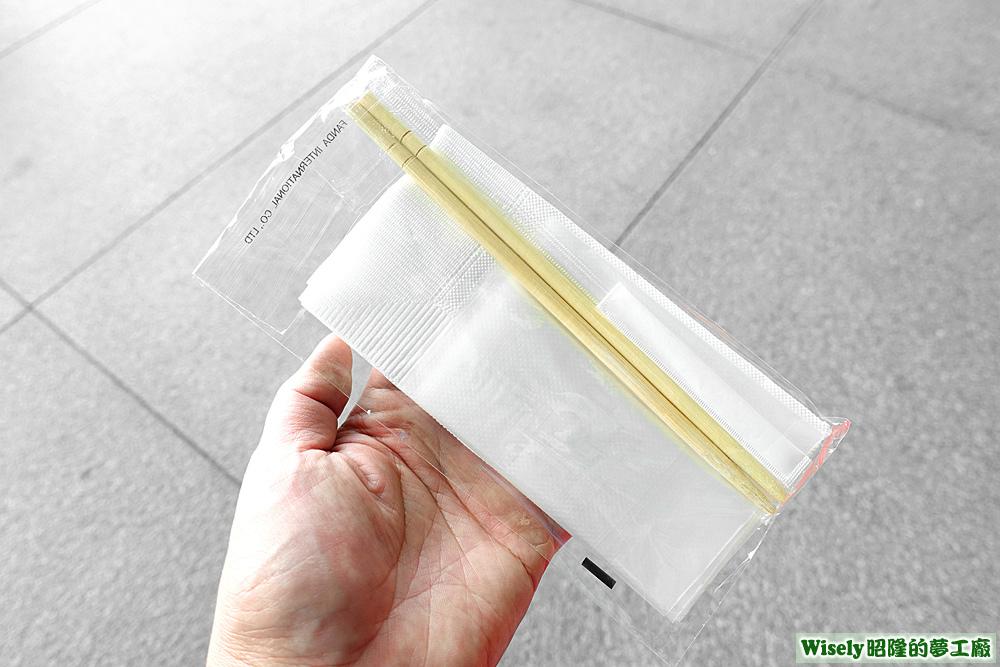 木筷、紙巾、牙籤