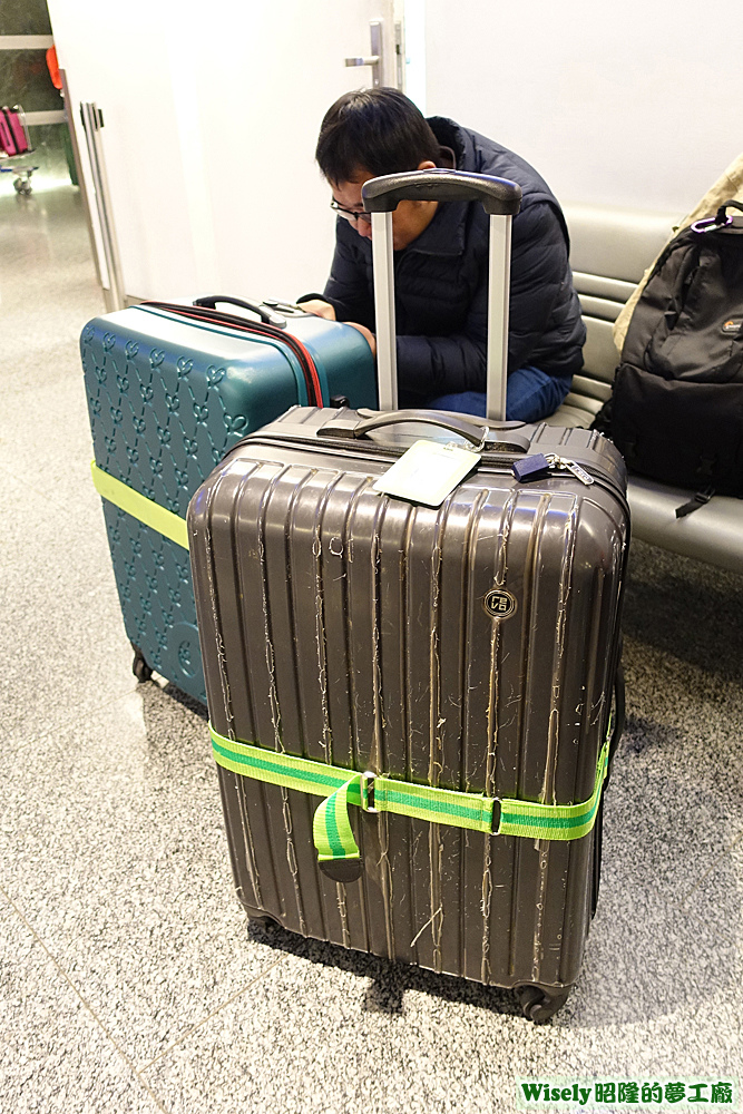 ABS愛貝斯行李箱二十八吋