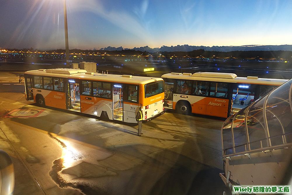 機場接駁巴士