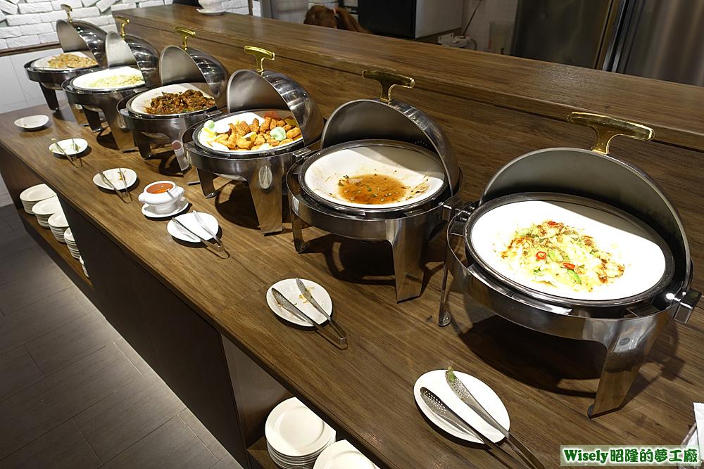 熱炒熟食區