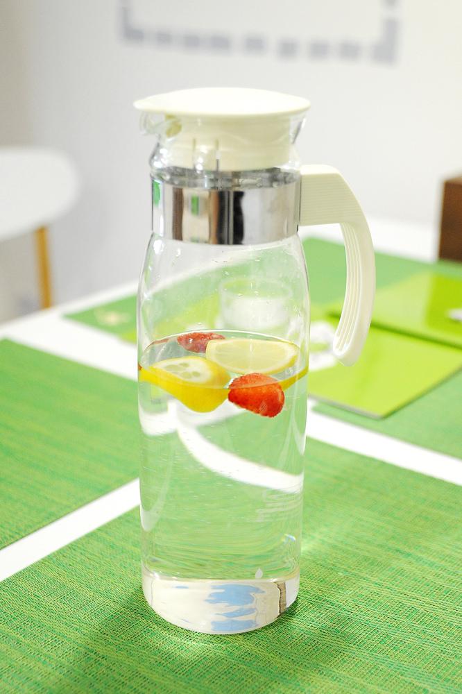 草莓檸檬水