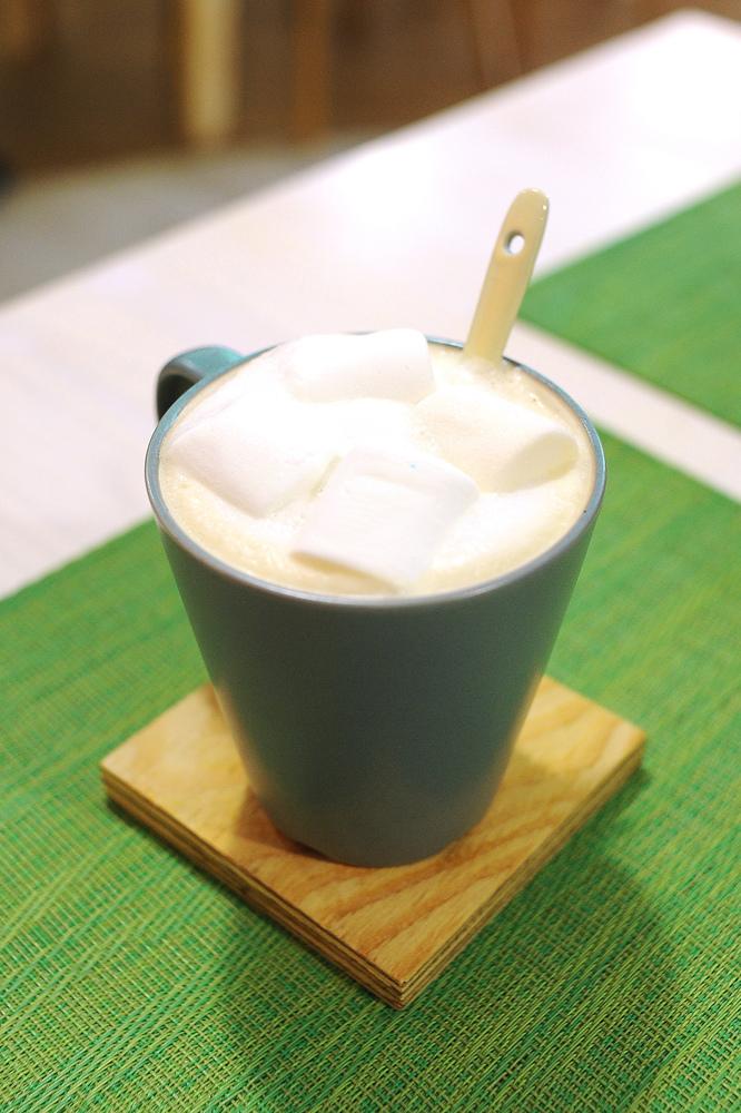 棉花糖鮮奶茶(熱)