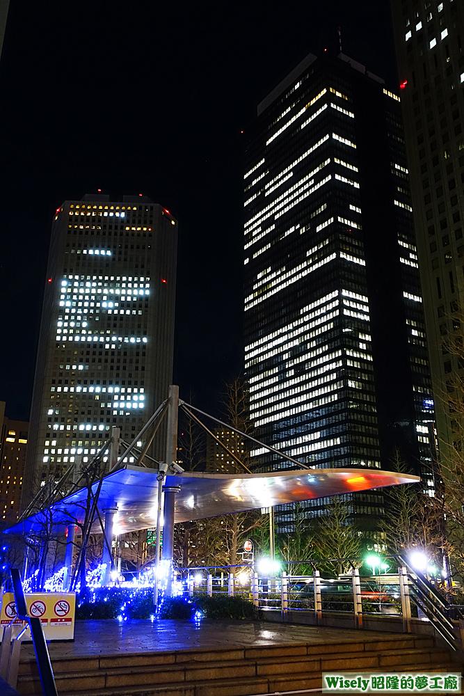 新宿街頭大樓