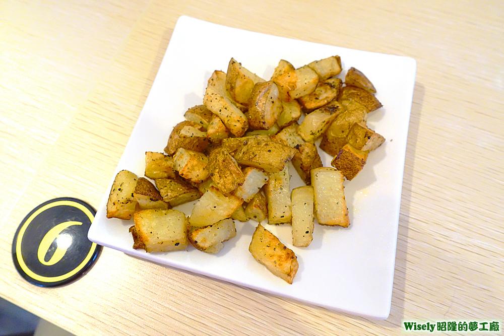 義式香料烤馬鈴薯塊
