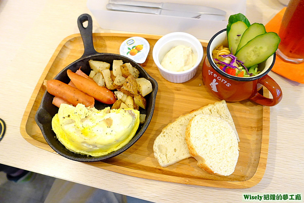 奶油野菇嫩蛋早午餐
