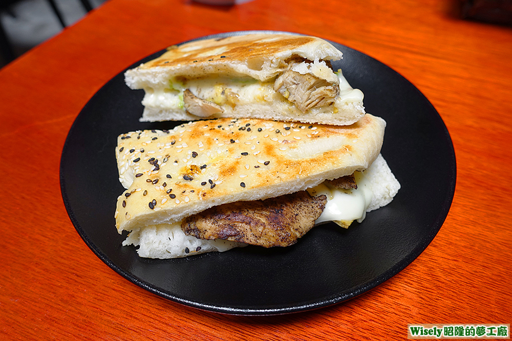 雞肉酪梨起司三明治