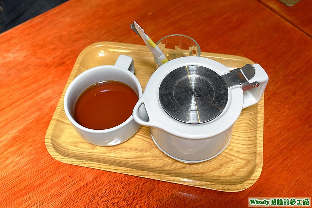 紅茶(熱)