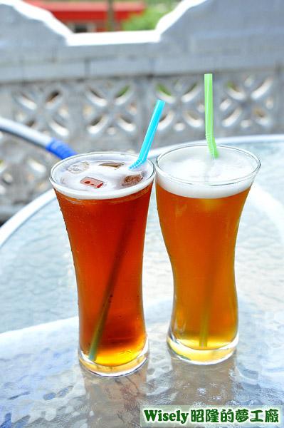 伯爵茶、茉莉綠茶