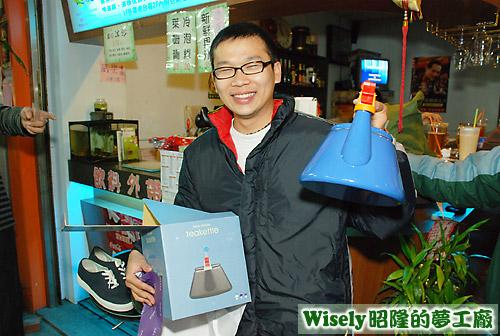 囧哥的禮物:造型水壺