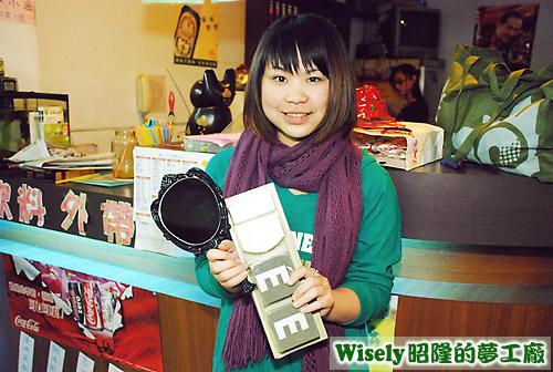 ?的禮物:梳妝鏡、衣蝶廚房瓶罐組