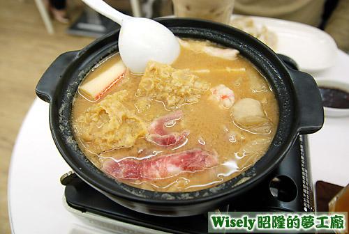 豬肉酸菜鍋