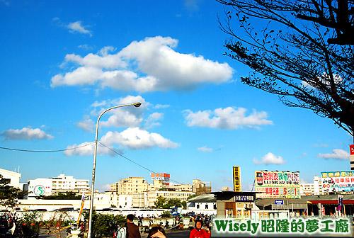 花蓮火車站天空
