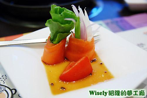 油醋燻鮭魚捲