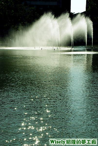 中山公園日月湖噴水