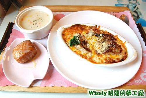 鮪魚沙拉焗烤飯(義式蕃茄)