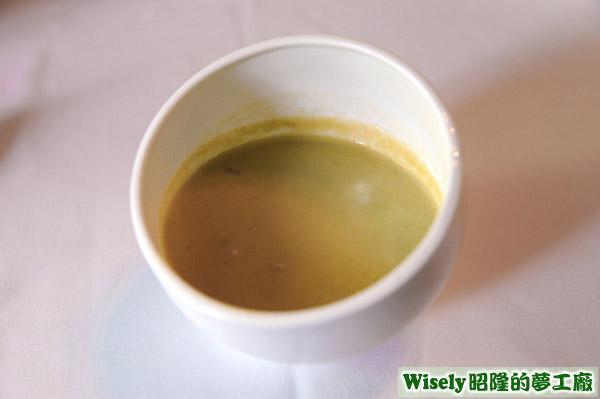 今日濃湯:青豆仁濃湯