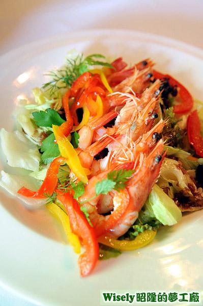 蝦仁彩椒野菇蔬菜沙拉